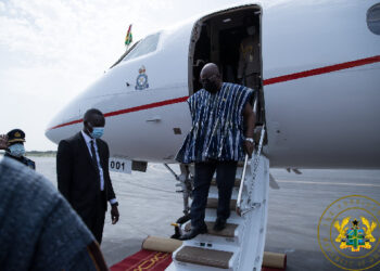 President Akufo-Addo disembarking from the presidential jet